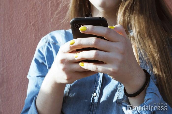 好きな人とのLINEの頻度は?(photo-by-lpictures/Fotolia)