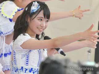 "AKB48フレッシュ選抜16人で野外ステージ  ""チームFresh推し""にお台場興奮「TOKYO IDOL FESTIVAL 2018」<写真特集/セットリスト>"