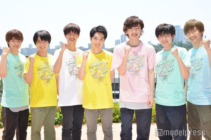なにわ男子(左から)大橋和也、大西流星、高橋恭平、西畑大吾、道枝駿佑、長尾謙杜、藤原丈一郎(C)モデルプレス