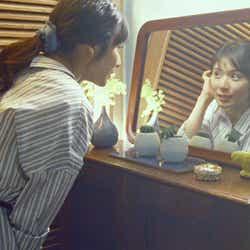 """モデルプレス - 松岡茉優、主婦に変身 プロ意識垣間見える""""こだわり""""とは"""