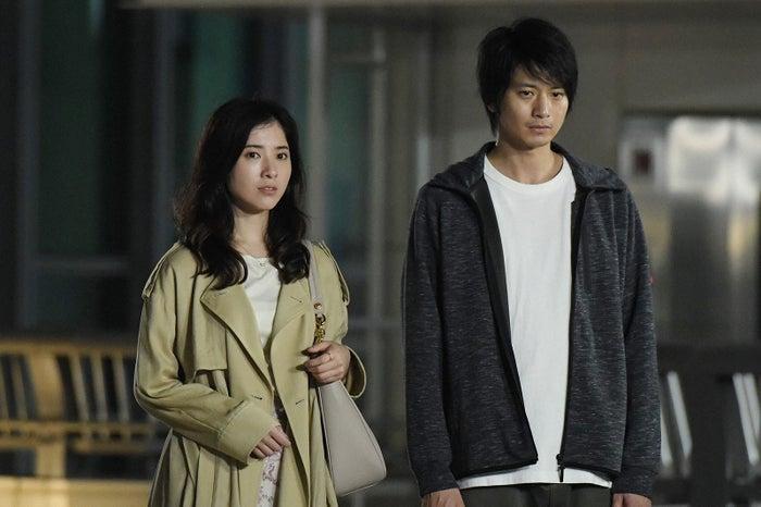 吉高由里子、向井理/「わたし、定時で帰ります。」最終話より(C)TBS