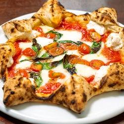 超実力派が焼くナポリピッツァが驚きのおいしさ! 都立大学の大人気イタリアン『ソロノイ スルヌジェ』