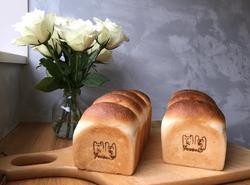 焼印がかわいい♡グルテン控えめでダイエット中にもおすすめの絶品パン