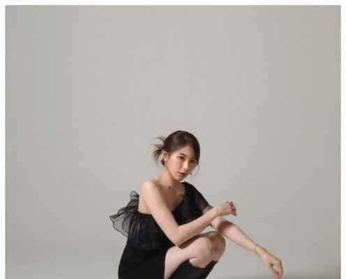 IZ*ONE出身イ・チェヨン、圧巻美脚披露 黒ドレス着こなした新オフィシャルフォトに「美しい」と反響