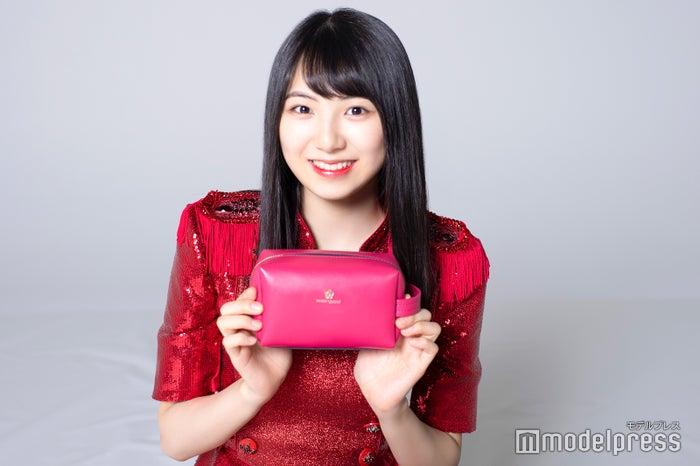 菅原茉椰のメイクポーチ公開! (C)モデルプレス