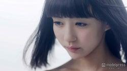 荻野可鈴/「証明ティンエイジャー」ミュージックビデオより