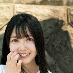 乃木坂46久保史緒里、透明感溢れる美肌披露 10代最後の夏を撮り下ろし