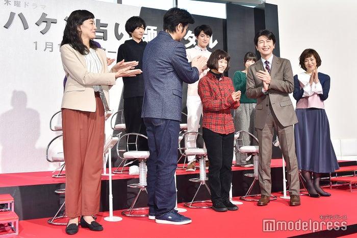 (前列左から)板谷由夏、小澤征悦、杉咲花、及川光博、若村麻由美(後列左から)野波麻帆、志尊淳、間宮祥太朗、志田未来(C)モデルプレス