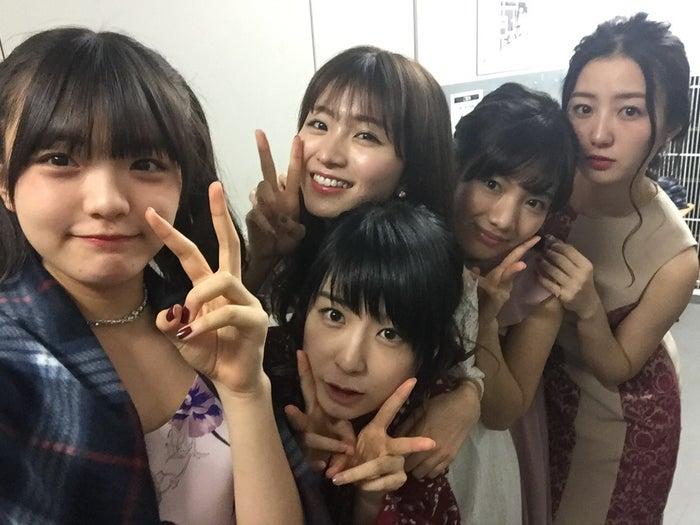 (左から)岩崎春果、琴海りお、岡崎紗絵、矢野優花、高田里穂 (提供画像)