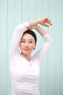 体のバランスや髪の毛、爪などを見て!10秒でできる健康チェック