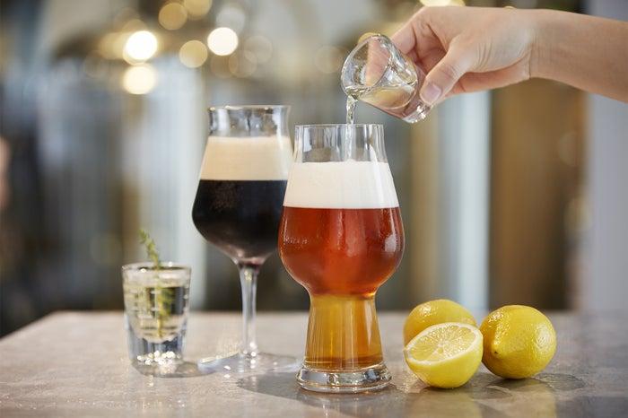 ビールに自家製レモネードをペアリング/画像提供:ブロードエッジ・ファクトリー