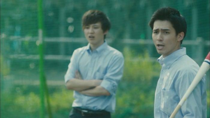 (右)門下秀太郎(提供写真)