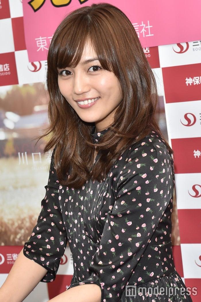 川口春奈、母親の写真を公開「似...