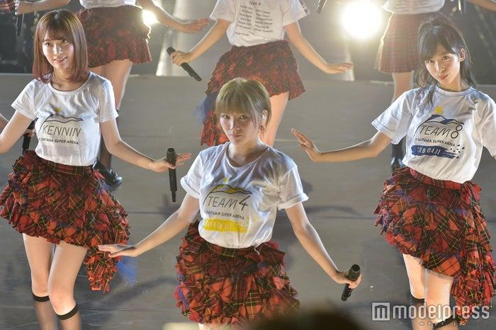 宮脇咲良、岡田奈々、小栗有以「AKB48単独コンサート~ジャーバージャって何?~」昼公演 (C)モデルプレス