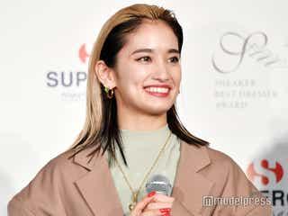 E-girls・YURINO、個人で初の賞「大切にしたい」 ファッションへのこだわり語る