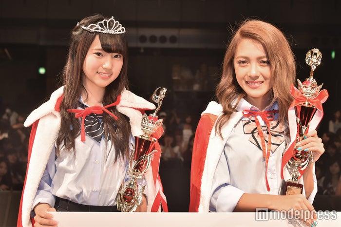 「高一ミスコン」(左から)中町綾、伊藤夏音<br> 2人が全国ファイナリストに加わる。 (C)モデルプレス