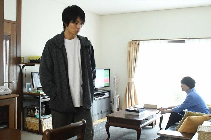 向井理、桜田通/「わたし、定時で帰ります。」最終話より(C)TBS