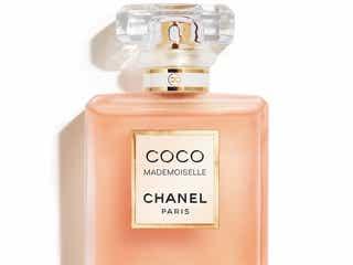 シャネルの名香「ココ マドモアゼル」に夜の香りが仲間入り
