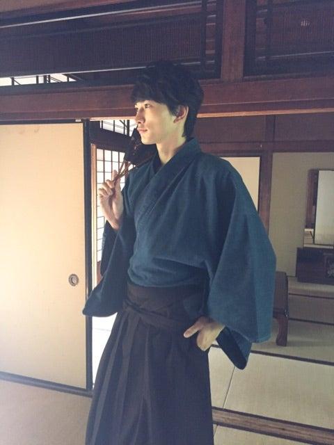 町田啓太オフィシャルブログより(提供写真)