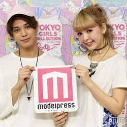 モデルプレスのインタビューに応じたバトシン、藤田ニコル(C)モデルプレス