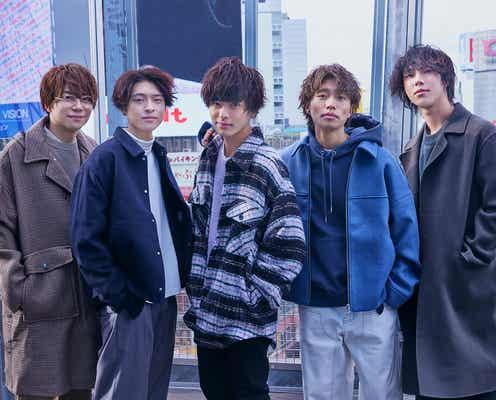 真夜中の12時、渋谷で24時間ロケ 初ビジュアルブック「First Midnight」で二面性を披露