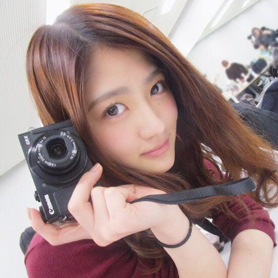 いつもたくさん乃木撮を撮影している若月佑美(撮影:秋元真夏/提供写真)