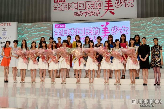 「第14回全日本国民的美少女コンテスト」本選大会の模様