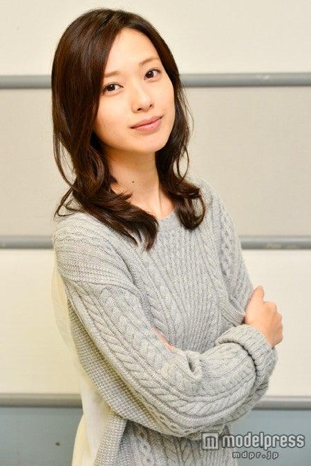モデルプレスのインタビューに応じた戸田恵梨香