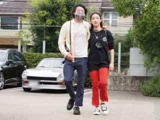 世界で活躍の俳優・浅野忠信 18歳年下女優と密着デート 交際6年も結婚しない訳