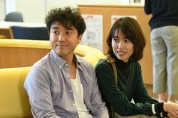 ムロツヨシ、戸田恵梨香/「大恋愛~僕を忘れる君と」第6話より(C)TBS