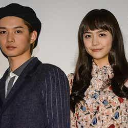 (左から)千葉雄大、松井愛莉