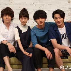 「好きな人がいること」に出演する(左から)三浦翔平、桐谷美玲、山崎賢人、野村周平(C)フジテレビ
