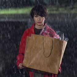 波瑠/「サバイバル・ウェディング」第1話より(C)日本テレビ