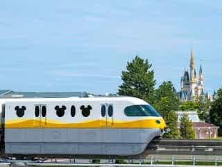 <ディズニー>ミッキーカラーのモノレール新車両が登場 2023年度末までに順次入れ替え