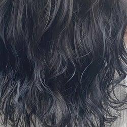 「暗髪」だからって侮らないで!透明感バツグンのおしゃれヘアカラー3選