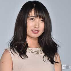 吉沢亮に顔をなめられた上野優華(C)モデルプレス