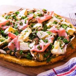 小麦粉代わりに「カリフラワー」!? 低糖質がうれしい「グルテンフリーピザ」の作り方【管理栄養士監修】