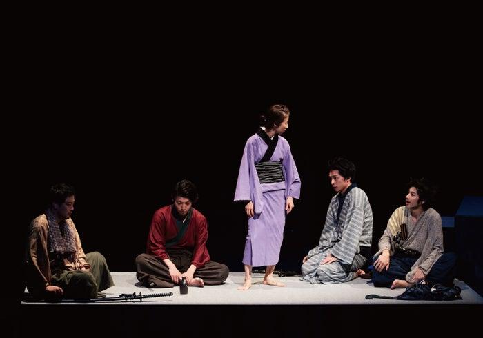 初日公演の様子(画像提供:所属事務所)