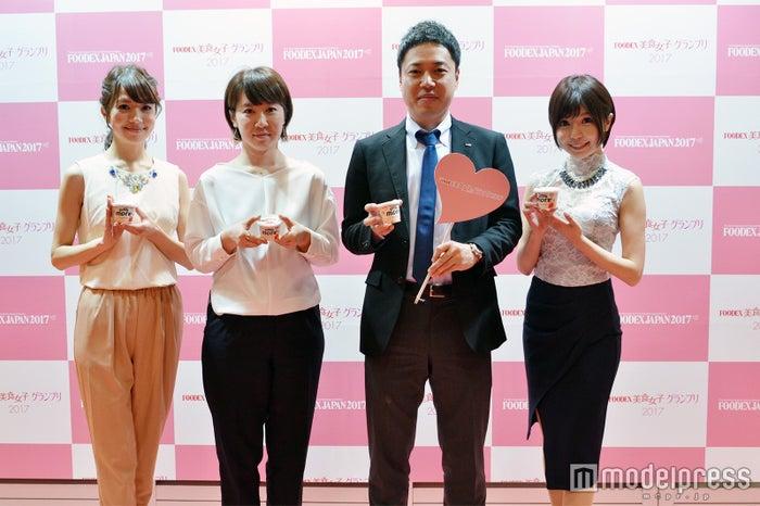 FOODEX美食女子グランプリ2017受賞式の様子(C)モデルプレス