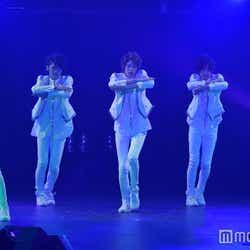 """モデルプレス - """"新世紀ユニット""""G=AGE、迫力ダンスに観客熱狂 全力パフォーマンスで魅了"""