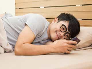 """「可愛すぎて眠れない…♡」男性がついニヤけちゃう""""悶絶おやすみLINE""""って?"""
