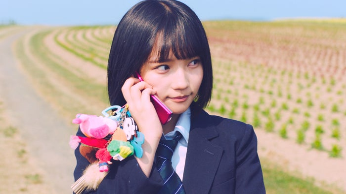 矢作萌夏 2006年(デビュー)AKB48「サステナブル」MV(C)AKS/キングレコード