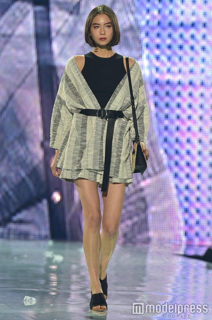 「神戸コレクション2017 SPRING/SUMMER」に出演したLala(ローレン・サイ) (C)モデルプレス