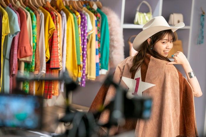 西野七瀬/新TVCM「ナナセさんの絞り込みカンリョウ!」篇メイキングカット (提供写真)