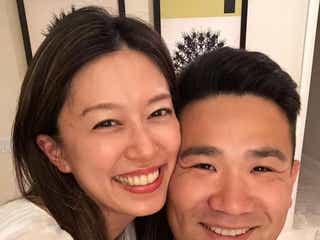 里田まい&田中将大、頬寄せ密着2ショット公開 結婚記念日報告で祝福の声「憧れ夫婦」