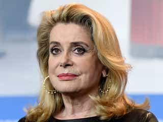 「男性が女性を口説くのは自由」セクハラへの過度な抗議運動に意見 仏女優カトリーヌ・ドヌーヴらが声明