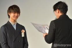 佐野勇斗、小泉徳広監督 (C)モデルプレス