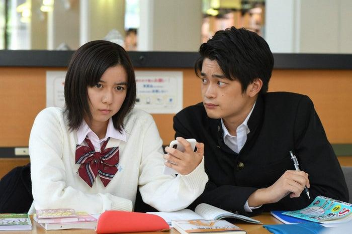 上白石萌歌、井之脇海/「義母と娘のブルース」第9話より(C)TBS