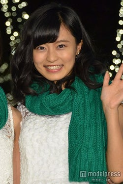 小島瑠璃子 (C)モデルプレス