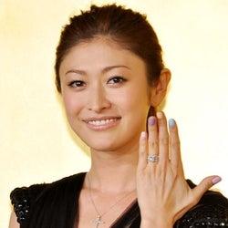 山田優、弟・親太朗とテレビ初共演「小栗さんに怒られちゃうかな?」